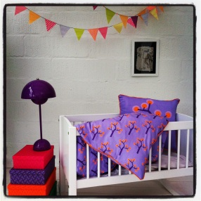 Baby Bedding – Graphic Tree Purple. Organic Cotton Size 70×100 Euro 40
