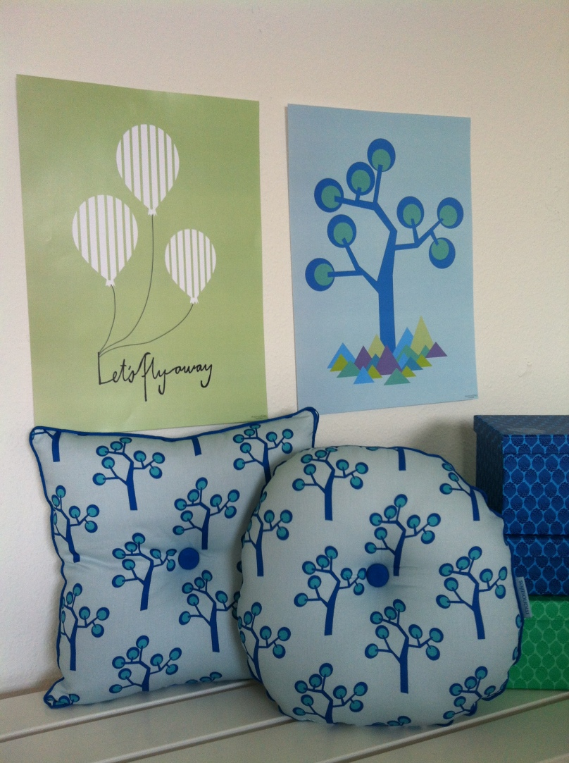 Organic pillows with print