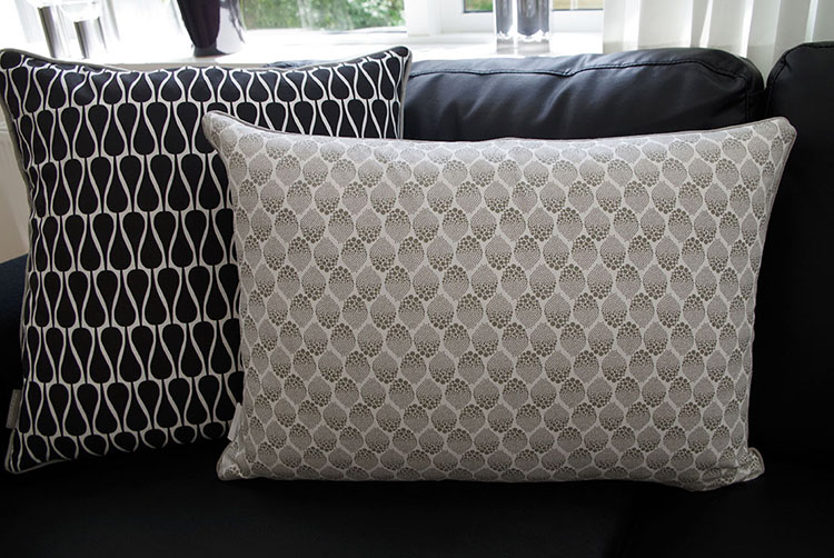 Manostiles cushions