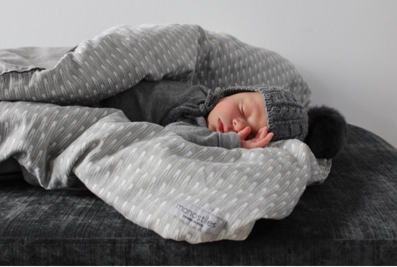 Økologisk sengetøj gråt fra Manostiles